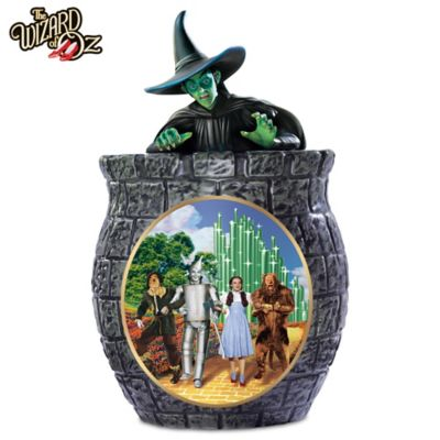 THE WIZARD OF OZ Cookie Jar With Free Cookie Cutter & Recipe by