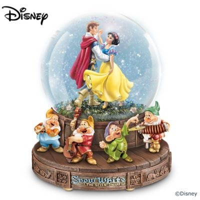Disney Snow White And The Seven Dwarfs Musical Glitter Globe by