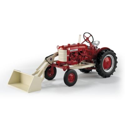1:16-Scale 1958 Farmall 560 Cub Diecast With One-Arm Loader by