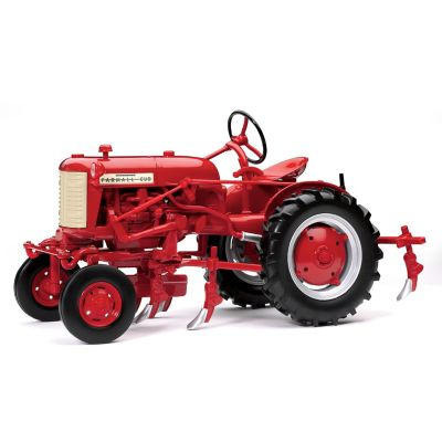 1:16-Scale Farmall Cub With Cultivator Diecast Tractor by