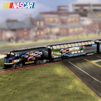 Amazon.com: Kyle Busch #18 O-Gauge Ready-to-Run NASCAR Train Set ...