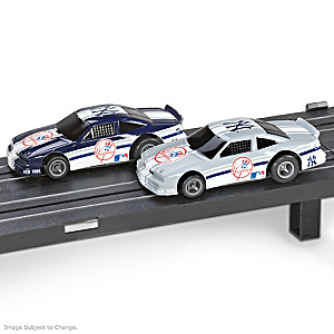 1/87 HO-Scale New York Yankees Electric Slot Car Set