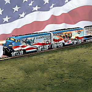 HO-Scale Train With WWII Fighter Plane Art, 3D Replicas